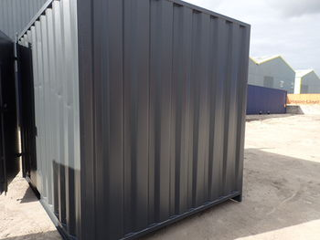 how to build a wall in a shipping container
