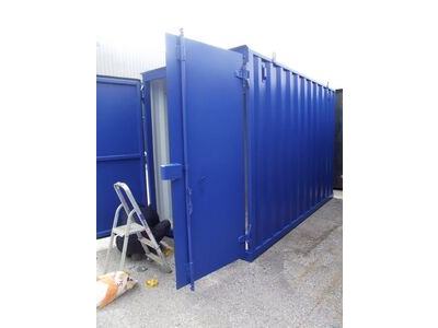 STORAGE CONTAINERS New build 7ft wide x 15ft long SLM715