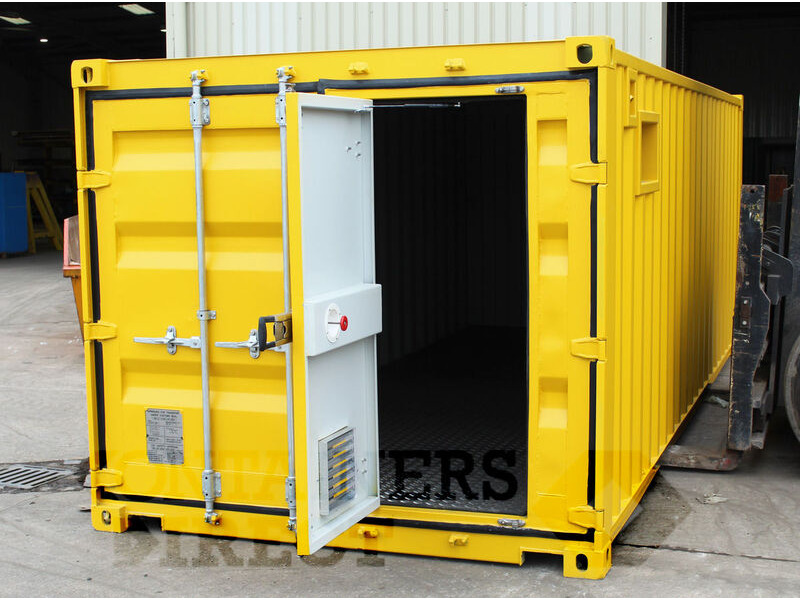 Container Conversions 20ft x 8ft x 7ft2 weed spraying unit click to zoom image