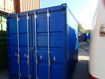 SHIPPING CONTAINERS 8ft S2 doors 26376