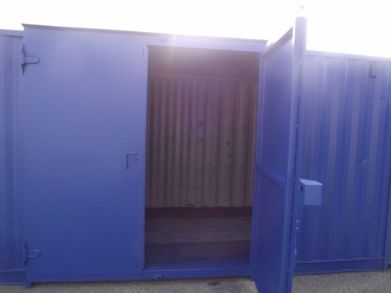 SHIPPING CONTAINERS 15ft side doors 20539 click to zoom image