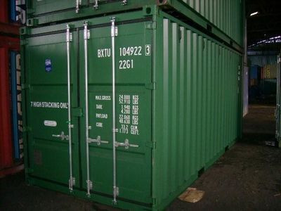 SHIPPING CONTAINERS 20ft original doors 30077