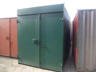 SHIPPING CONTAINERS 15ft high cube S1 68349
