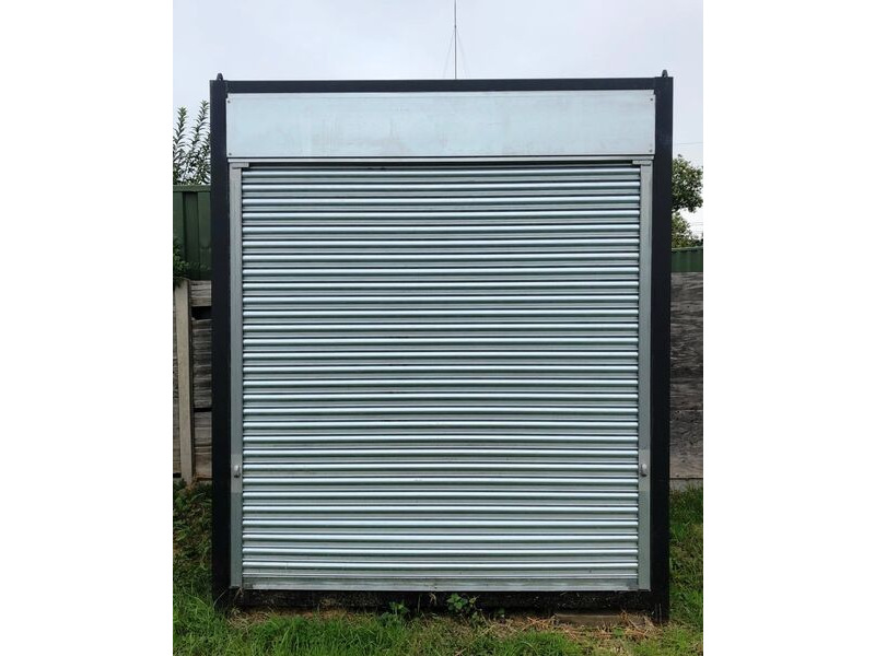 SHIPPING CONTAINERS 10ft S4 Doors - 24350 click to zoom image