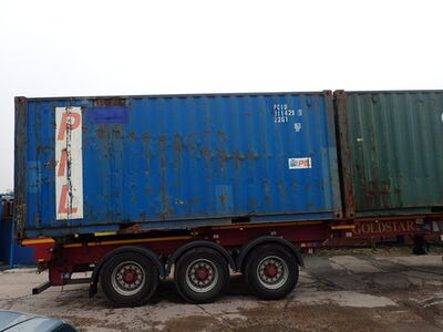 SHIPPING CONTAINERS 20ft S2 doors 25911