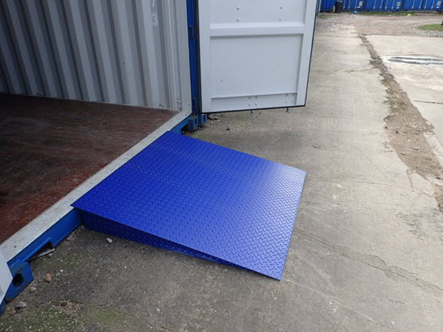 Shipping containers 4ft x 4ft container ramp 3 tonnes for Shipping containers for sale in minnesota