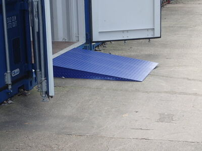 SHIPPING CONTAINERS 4ft x 4ft container ramp - 5 tonnes click to zoom image