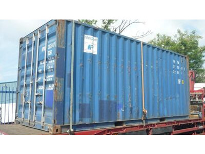 SHIPPING CONTAINERS Steel Container Green SG