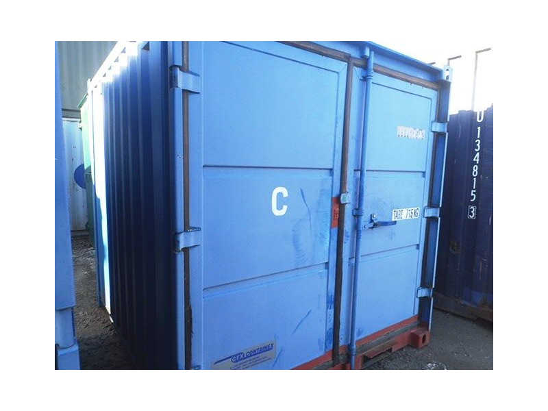 SHIPPING CONTAINERS 8ft S2 56339 click to zoom image