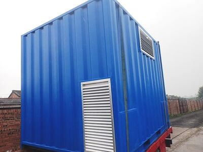 SHIPPING CONTAINERS 1000mm x 500mm louvre vent