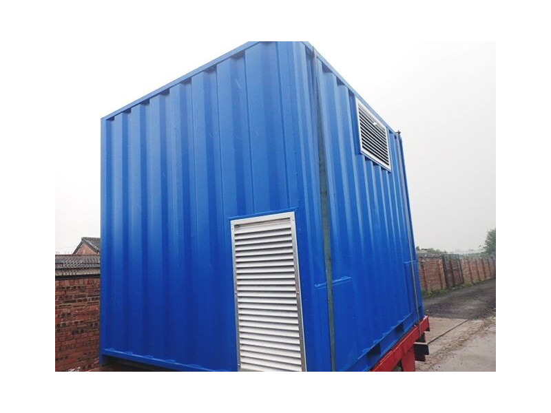 SHIPPING CONTAINERS 1000mm x 500mm louvre vent   £335.00 ...