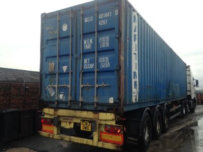 SHIPPING CONTAINERS 20ft metal container blue