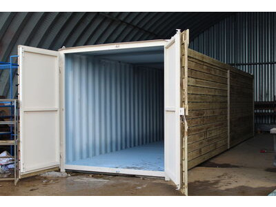SHIPPING CONTAINERS 25ft once used cladded container - Classic Rustic CLO25