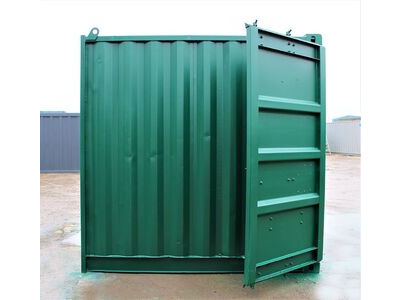 SHIPPING CONTAINERS 8ft S2 click to zoom image