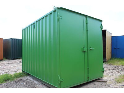 SHIPPING CONTAINERS 16ft original doors green S1
