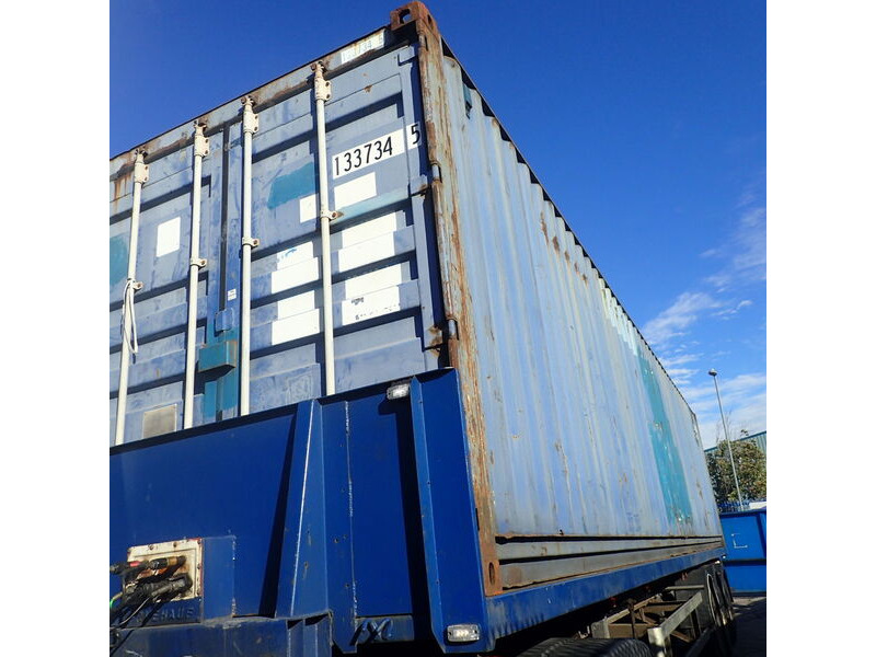 SHIPPING CONTAINERS 20ft SG Felixstowe click to zoom image