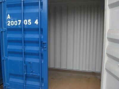 SHIPPING CONTAINERS 8ft with original doors 36274