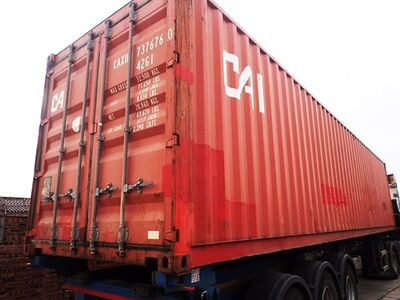 SHIPPING CONTAINERS 20ft original doors 62207