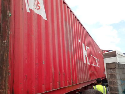 SHIPPING CONTAINERS 40ft original 38683 click to zoom image
