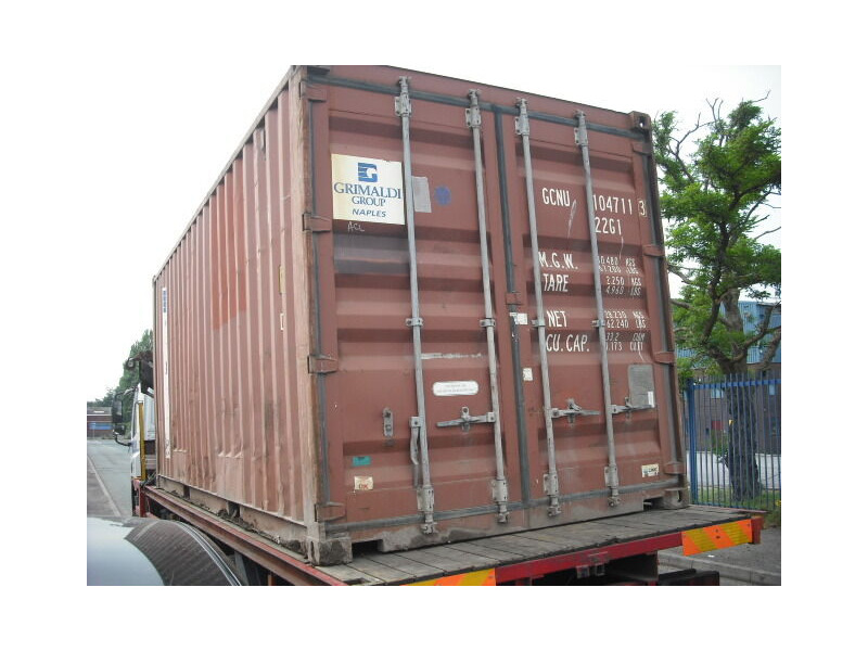 SHIPPING CONTAINERS 20ft original 24790 click to zoom image