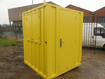 SHIPPING CONTAINERS 6ft x 6ft anti vandal Gatehouse