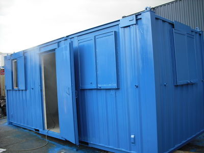 SHIPPING CONTAINERS IN SCOTLAND :: CONTAINERS DIRECT